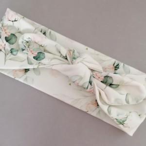 švelniai rožinės rožytės galvos juosta